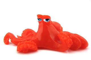 Finding Dory Hank Wall-Crawler Toy disney store