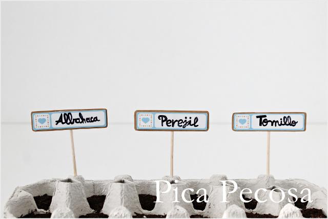 como-hacer-marcadores-plantas-diy-etiquetas-carton-palillos