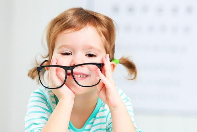 Lentillas para niños y adolescentes, ¿son recomendables?