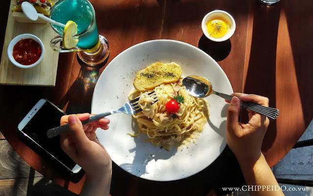 inijie_amanda_kohar_zybrick_cantina_jack_magnifico_putra_putera_nikita_kusuma_zybrick_cantina_ukp_universitas_kristen_petra_surabaya_kampus_mahasiswi_mahasiswa__kuliner_surabaya_chippeido_diary_culinary_merli_vicky_yuwono_food_blogger_photographer_pro_professional