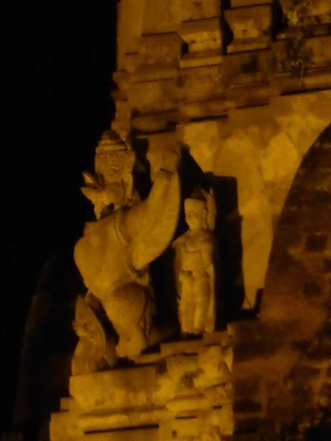 Garuda en el Wat Ratchaburana