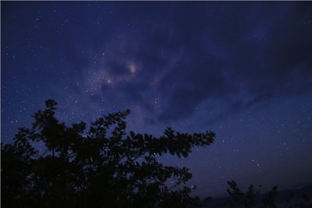 Milky way terhalang awan