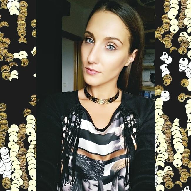 Jelena Zivanovic Instagram @lelazivanovic.Glam fab week.Black and gold fashion.