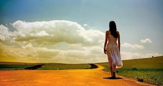 Bila semangat telah mulai hilang, ingat-ingatlah apa sebagai tujuanmu dalam kehidupan ini. Mengingat arah akan membuat kamu kembali semangat serta rasakan terpacu untuk kerja. Bila perasaan malas menepis, bisa selekasnya menanganinya secara cepat.
