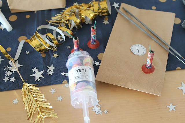Feuerwerk mit Kindern Bestes Silvester mit Kindern Tipps und Tricks Countdown Bags Spielideen Jules kleines Freudenhaus