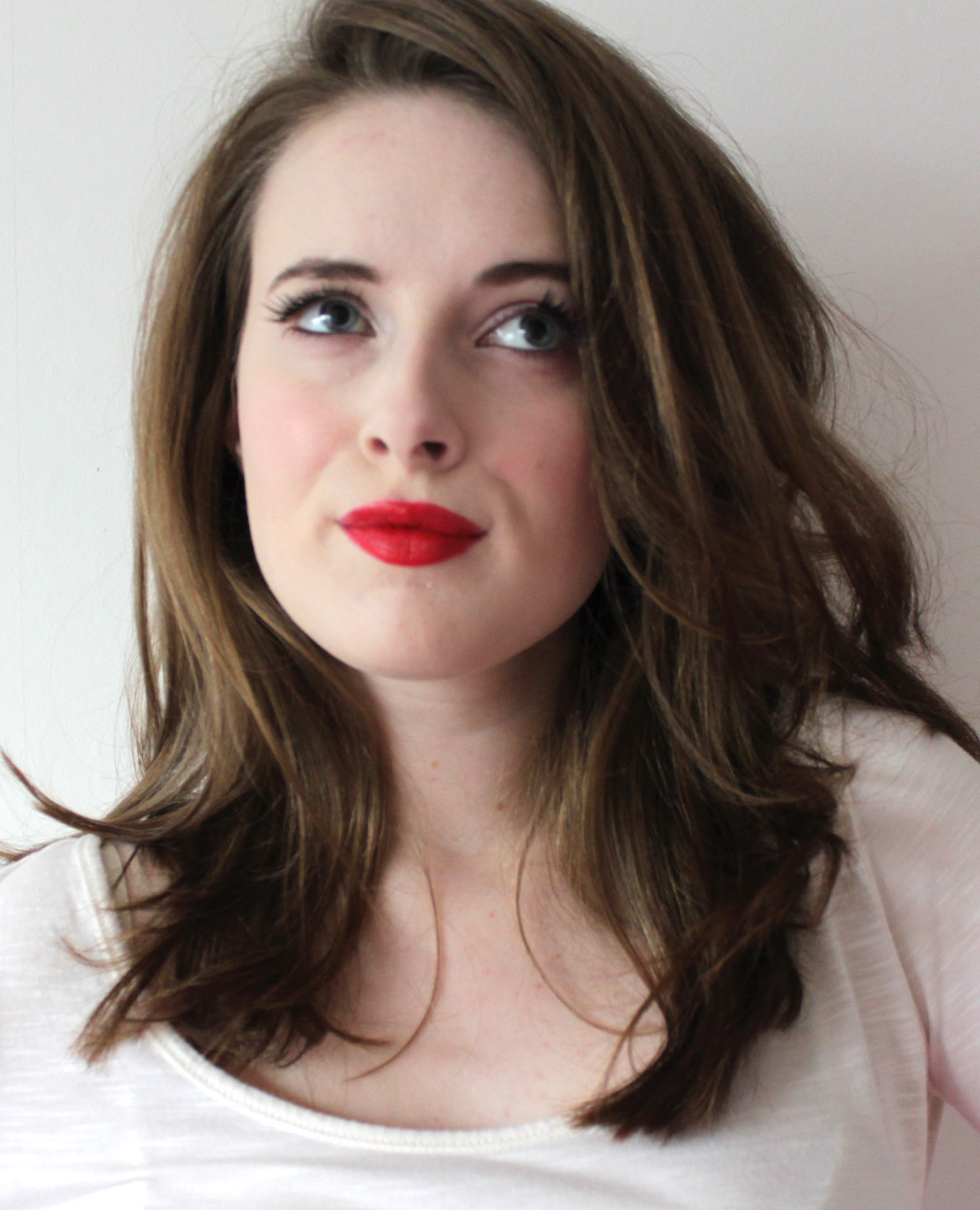 Pale Skin Make-Up Old School Hollywood-3607