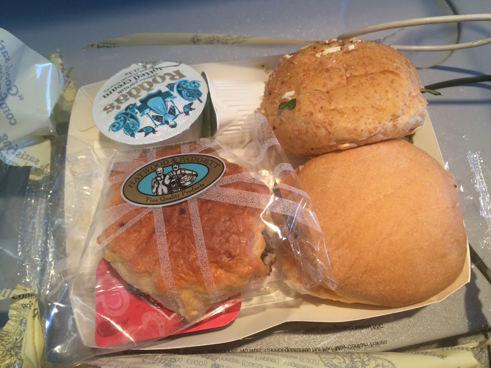 afternoon-tea-in-flight