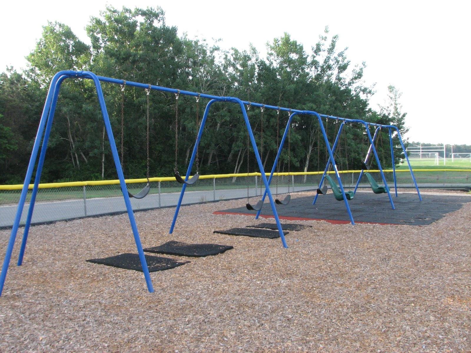 Quashnet Elementary School Playground - Old Barnstable ...