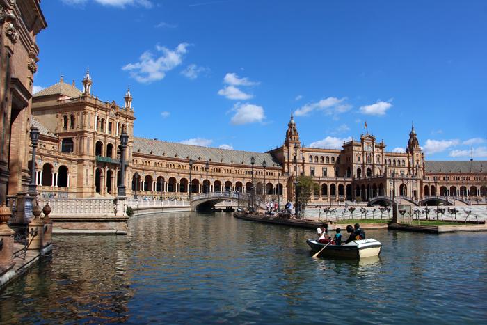 Kanal des Plaza de Espana, Sevilla