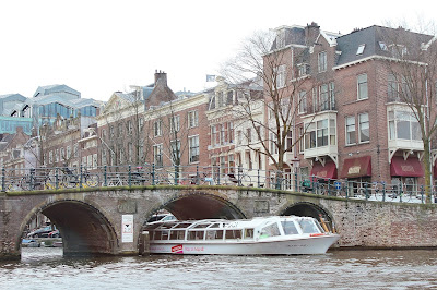 Amsterdam Travel Guide Grachtenfahrt