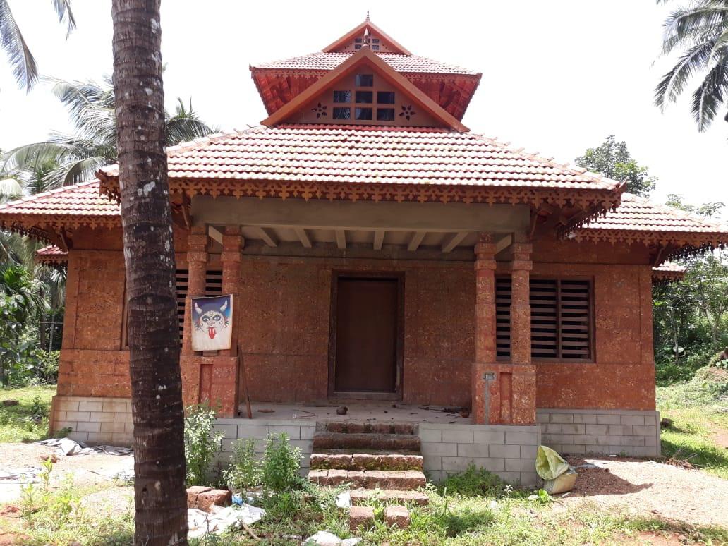 Low cost Villa 1400 sqft area 2 Bedroom Kerala Veedu