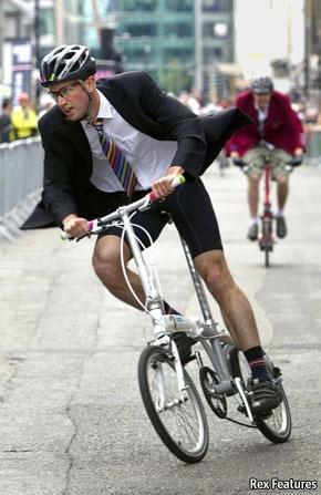 Un ciclista urbano  Ciclismo Urbano en Londres en The Economist a72c85ec447