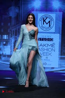 Actress Amyra Dastur Walk On Ramp for Designer Karn Malra at LFW Summer 2017  0003.jpg