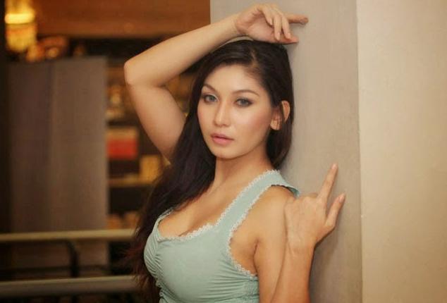 16 Artis Indonesia Yang Pernah Menjadi PSK ????