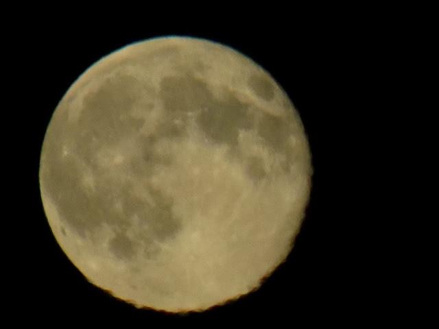 фото Луны, Луна при увеличении, Луна на фотоаппарат, фото Луны,  как сфотографировать Луну