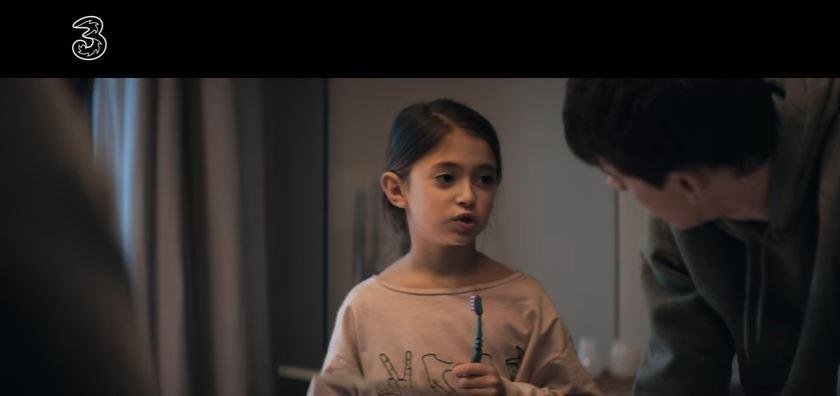 Nome attrice bambina pubblicità 3 immagina il futuro che vorresti - Spot 2017