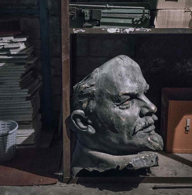 A cabeça do monumento de Dnipropetrovsk foi doada ao Museu Histórico Nacional, mas acabou posta de lado