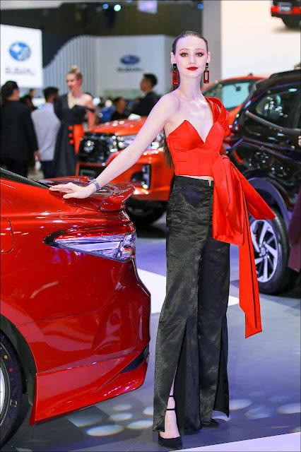 Dàn người mẫu tại triển lãm ôtô Việt Nam 2019