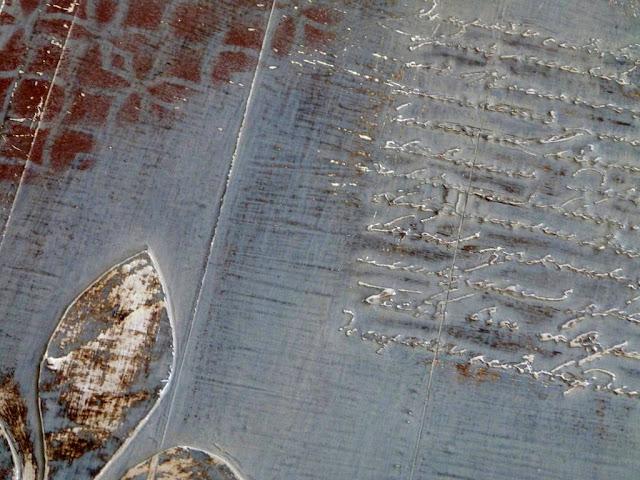 tabla-aluminio-adhesivo-desgastado