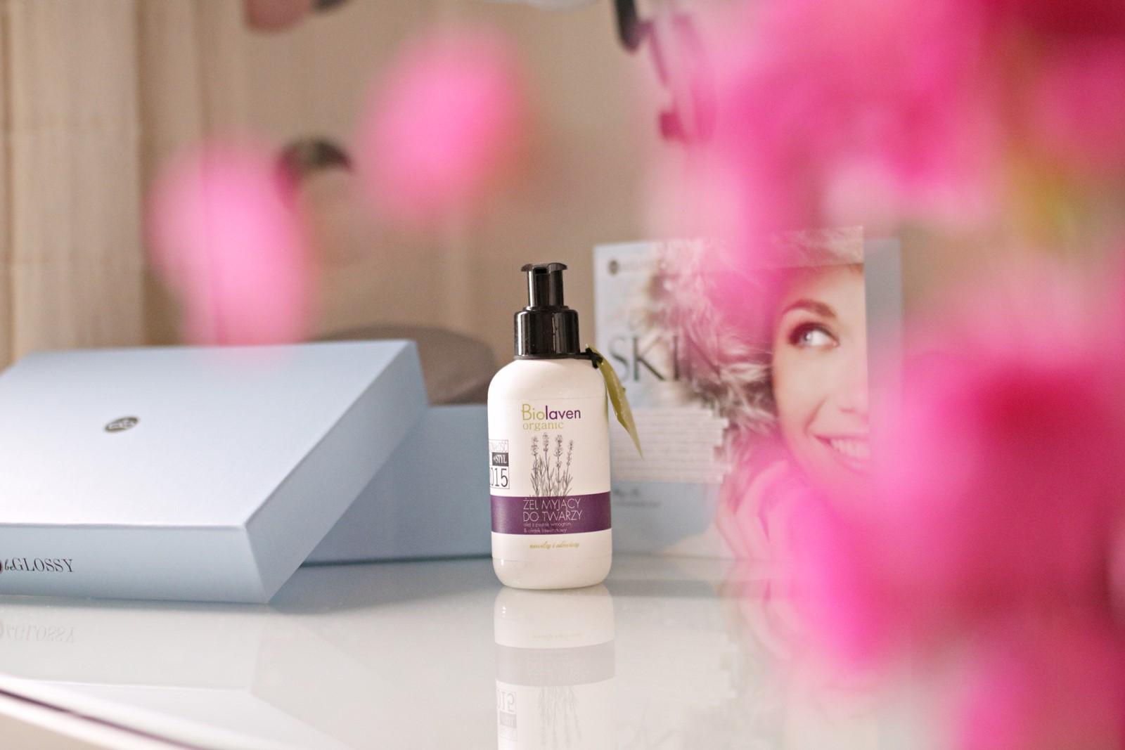 beGLOSSY Begin With Skin - żel myjący biolaven