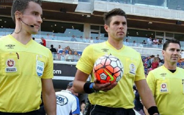 AGEN BOLA - Wasit Utama A-League Dapat Uang Muka Rp 66 Juta, Bagaimana di Indonesia