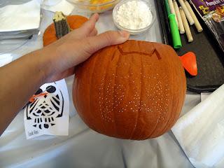 pumpkin carving tip