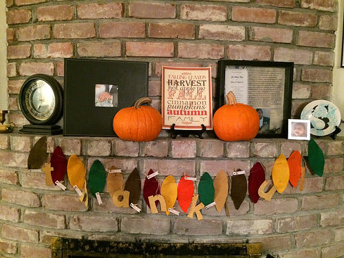 DIY thankful banner for Thanksgiving