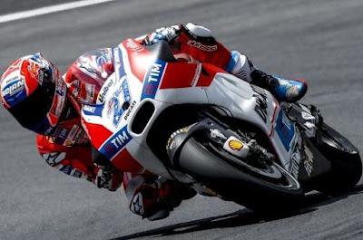 Stoner Uji Coba Motor Ducati Tanpa Sayap, Bagaimana Hasilnya?