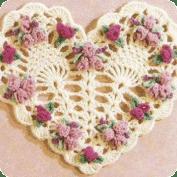 Decoracion de corazón a crochet
