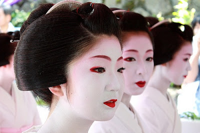 Rajeunir la peau du visage de 10 ans avec ce masque de riz japonais