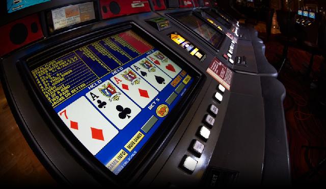 Maquinas de videopôquer no centro de Las Vegas