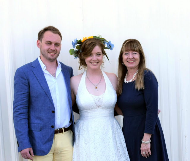 nontraditional June wedding