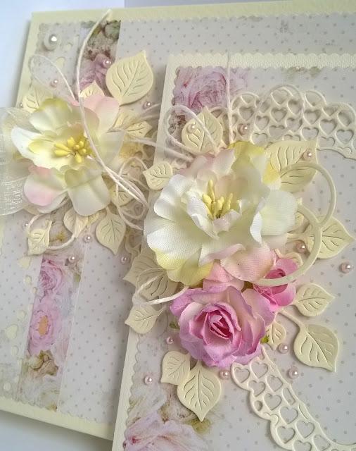 Komplet ślubny z kwiatami