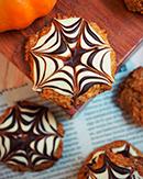 https://lachocolaterapia.blogspot.com/2018/10/cookies-de-calabaza-con-chocolate-para.html