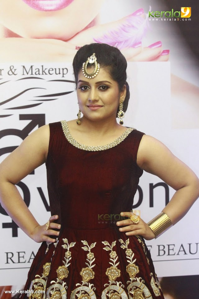 malayalam actress sarayu hot at ifl kochi