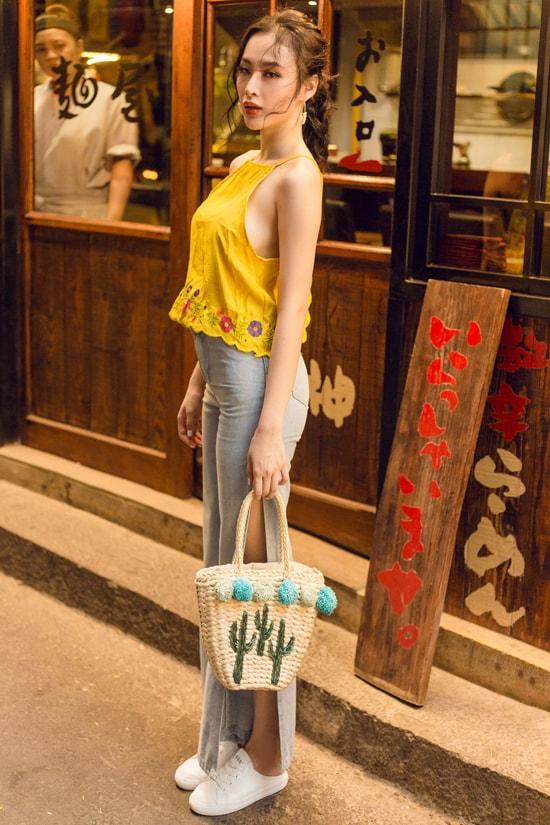 Angela Phương Trinh gợi ý chọn đồ gợi cảm dạo phố mùa hè -6