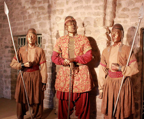 Sher Shah Suri and his guards