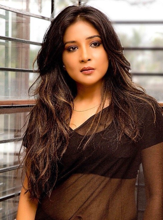 Sakshi Agarwal In Sexy Black Saree Stills