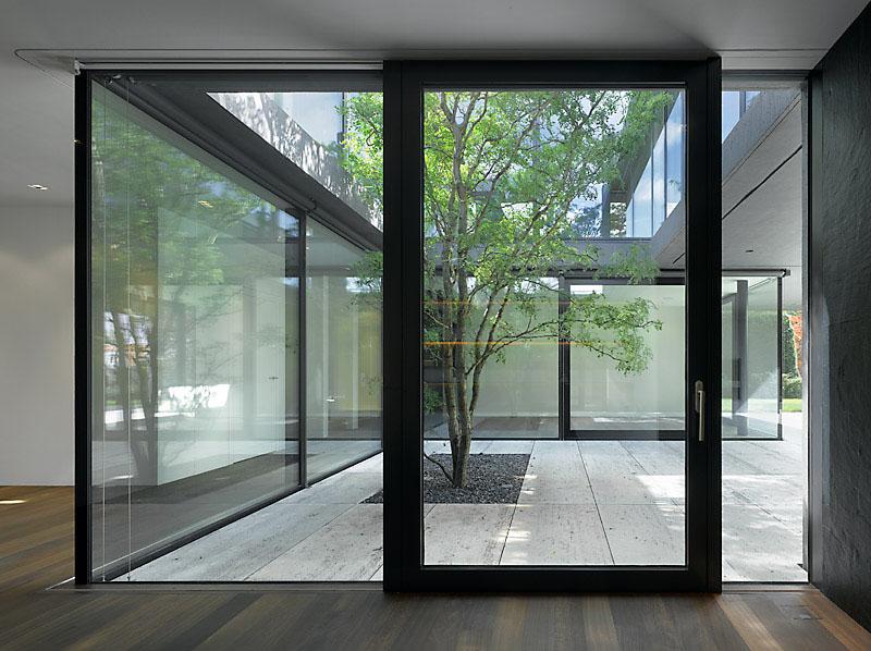 zollikon house by wild b r heule modern design by. Black Bedroom Furniture Sets. Home Design Ideas