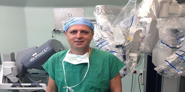 Ρομποτική χειρουργική: Επιτυχείς σπάνιες ουρολογικές επεμβάσεις στη χώρα μας