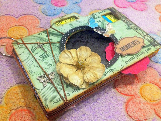 Organdy Flowers: Customized Scrapbook for Photography Experts