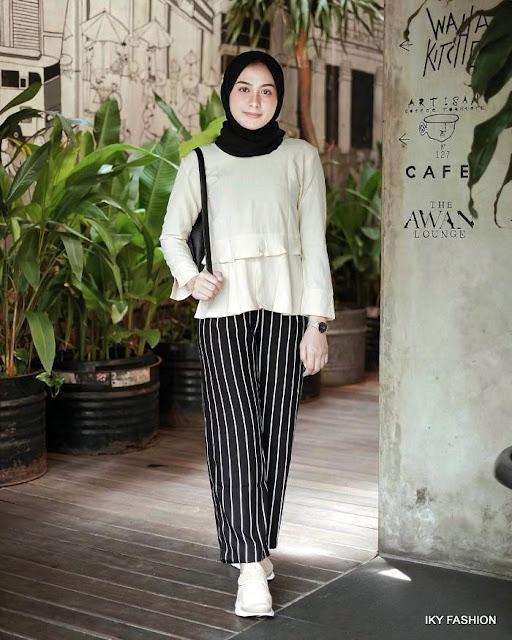 model Celana Kulot Garis Garis cewek hijabers