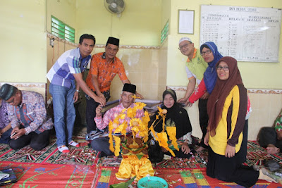 Keluarga Besar Kemenag Tanjungbalai Adakan Tepung Tawar Untuk Kakankemenag