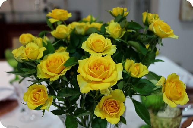 Decoração Noivado Mini Rosas Amarelas