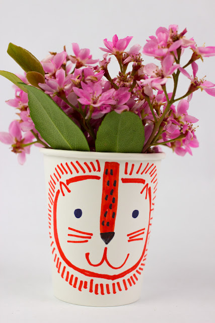 paper cup flower head kids craft- great craft for Spring or Mother's Day