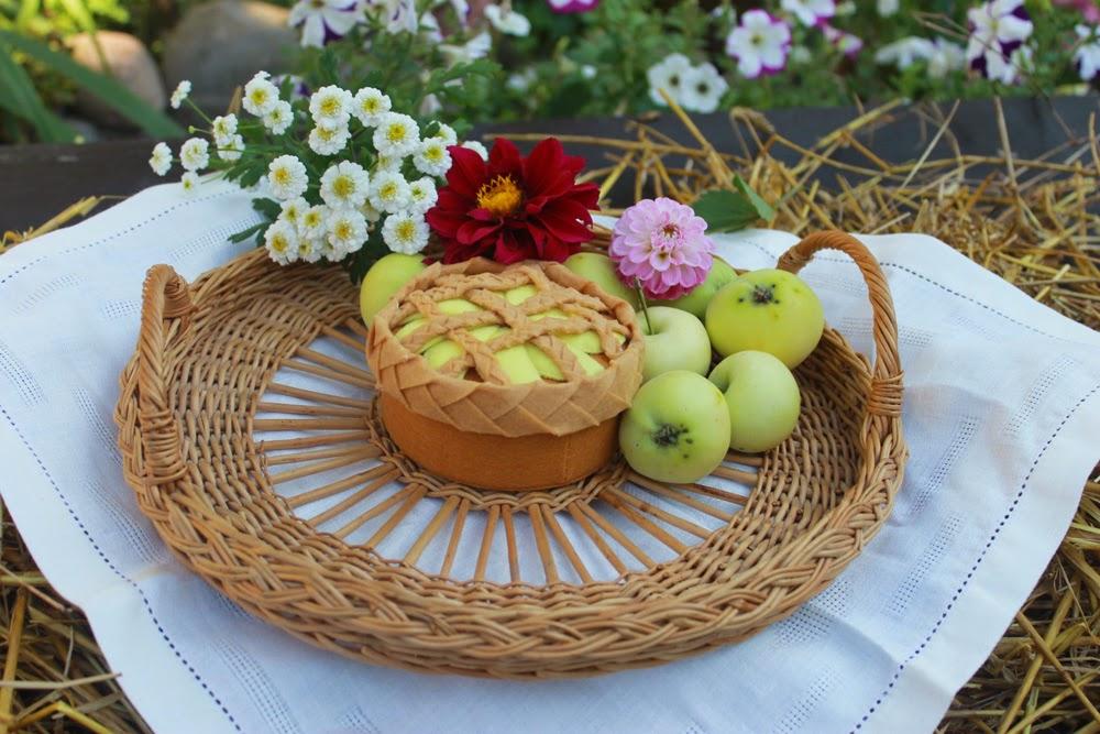 фетровый яблочный пирог