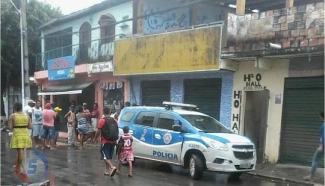 SEM PIEDADE: Comerciante é morto com mais de 10 tiros dentro da própria loja em Simões Filho