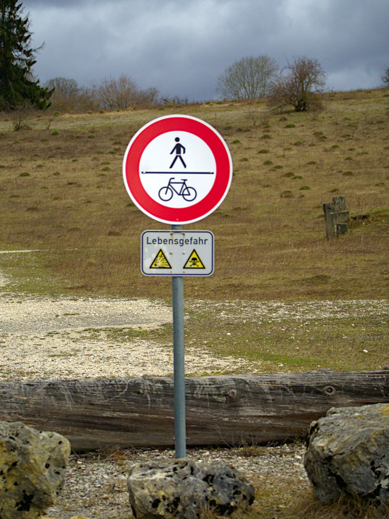 Gruorn - ehem. Truppenübungsplatz Münsingen (2) - Warnungen