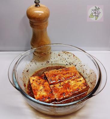 Marinar Tofu.