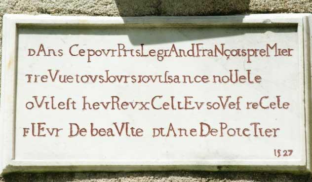 La plaque de Loury.